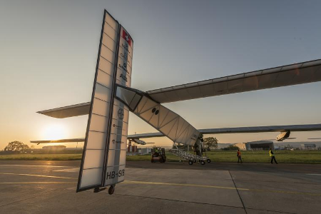 Quelle_Solarimpulse-Revillard-Rezo_ch_450x300_si2-aussen