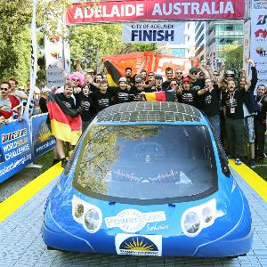 PowerCore SunCruiser im Ziel in Adelaide Quelle: Hochschule Bochum